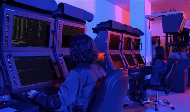 Yeni tip denizaltıların komuta kontrol sistemlerinin teslimatları sürüyor