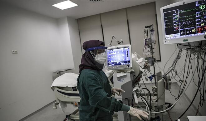 15 Ocak koronavirüs (covid-19) tablosunda son durum: Sağlık Bakanlığı Türkiye günlük corona virüs vaka, ölüm sayıları ve dünyadaki son gelişmeler