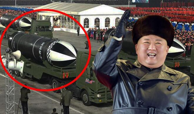 Kuzey Kore'den devasa askeri geçit töreni, dünyanın 'en güçlü' silahı tanıtıldı...