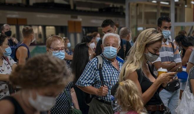 Dünya genelinde Kovid-19 tespit edilen kişi sayısı 94 milyona yaklaşıyor