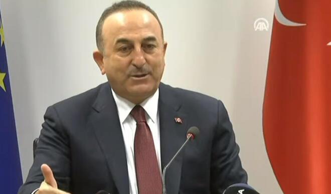 Dışişleri Bakanı Mevlüt Çavuşoğlu, Brüksel'deki temaslarını gazetelere değerlendirdi