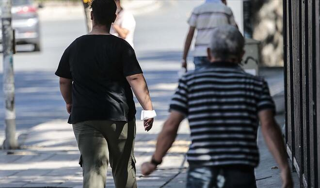 65 yaş üstü ve 20 yaş altı sokağa çıkma yasağı hangi illerde kalktı? İşte illere göre 20 yaş altı ve 65 yaş üstü yasak saatleri