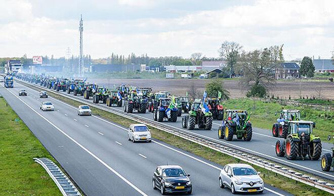 Yükselme maçına taraftarlar 150 traktörle gitti!