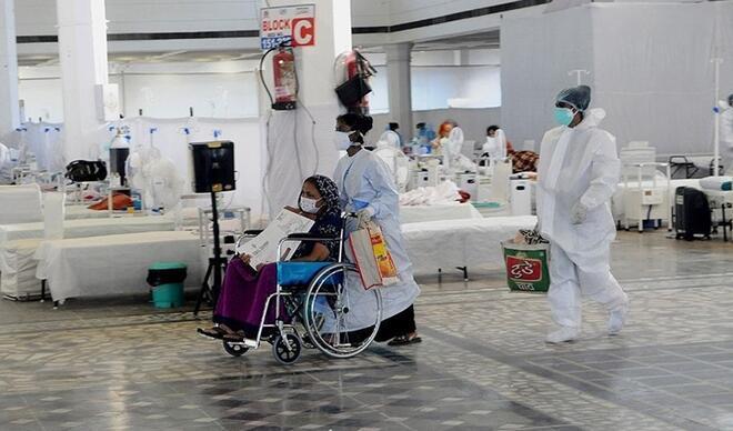 Hindistan'da Kovid-19 salgınında tedavisi süren hasta sayısı azalmaya devam ediyor
