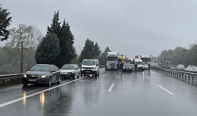 Anadolu Otoyolu'nda zincirleme kazalar