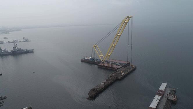 Kocaeli'de 17 Ağustos depreminin denizdeki izi yıkıldı