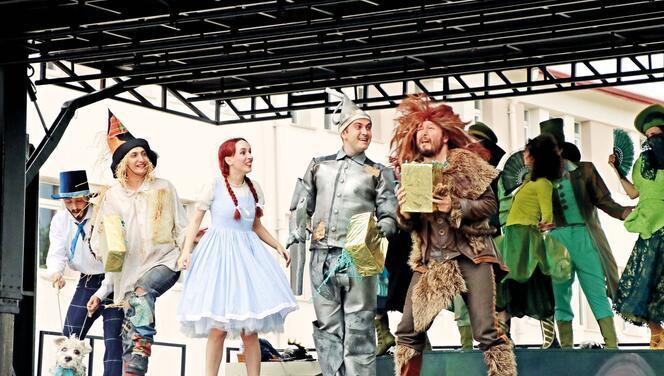 'Oz Büyücüsü' Erzincan'da
