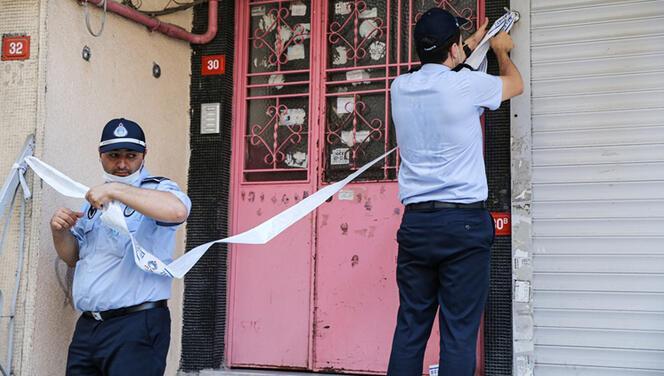 Zeytinburnu'nda 4 katlı bina boşaltıldı