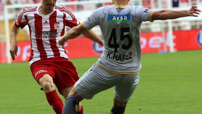 Sivasspor-Yeni Malatyaspor maçından en özel kareler!