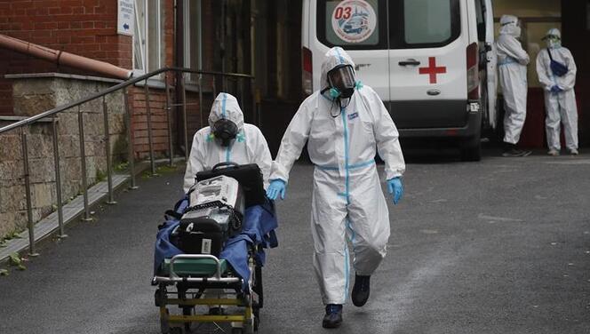 Rusya koronavirüste yeniden günlük vaka sayısı rekoru kırdı