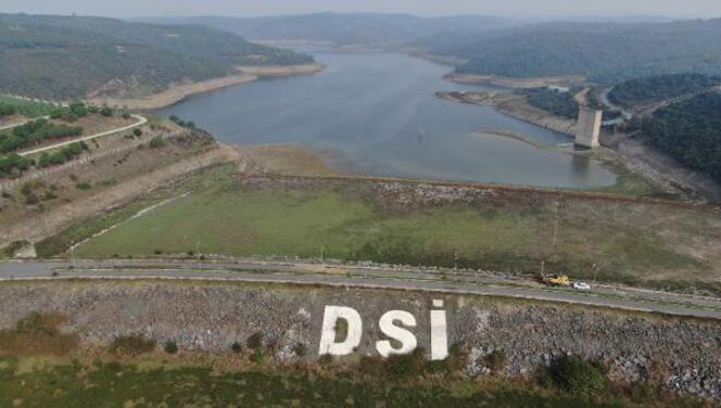 İstanbul barajları kritik seviyede... Alibeyköy Barajı'nda eski elektrik direkleri ortaya çıktı