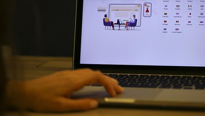 """Genç girişimciler yüzünü """"e-ticaret""""e döndü"""