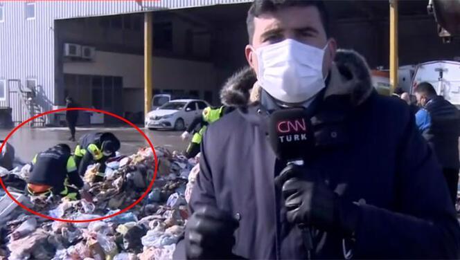 İstanbul'da ilginç anlar! Belediye ekipleri çöplerin arasında altın arıyor…