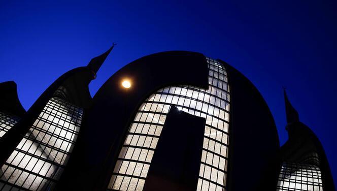 Almanya'daki DİTİB camilerinde bu yıl 8 rekat teravih kılınacak