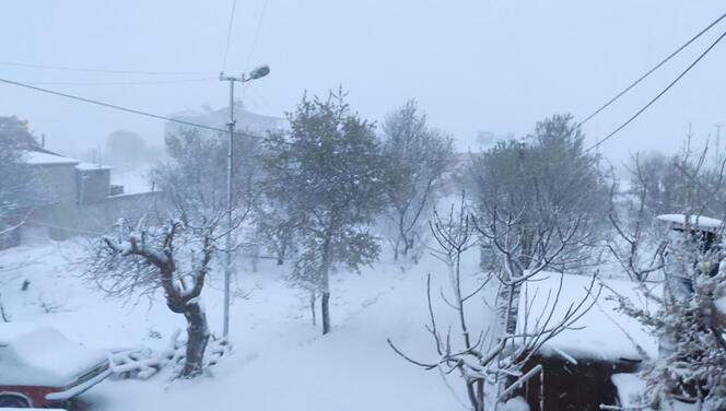 Mersin'in yüksek kesimlerinde kuvvetli kar yağışı!