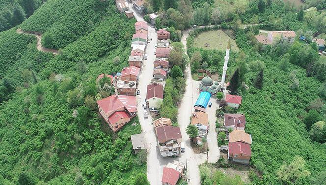 Bir adımda kent değiştiriyorlar! İftar saati ise... Ordu ile Samsun'un sınır mahallelerinde ilginç anlar