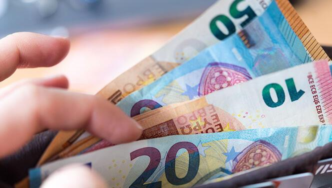 AB, 10 bin euronun üstünde nakit ödeme yasaklayacak