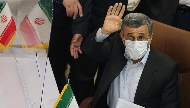 Eski İran Cumhurbaşkanı Ahmedinejad'dan 8 yıl sonra sürpriz karar!