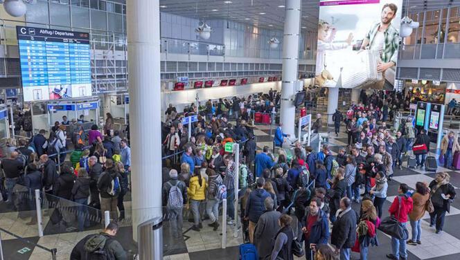 Terminal 1 yeniden açıldı