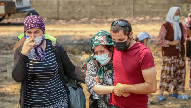 Manavgat'taki yangından hayatlarını kaybeden Kardaş çifti son yolculuklarına uğurlandı