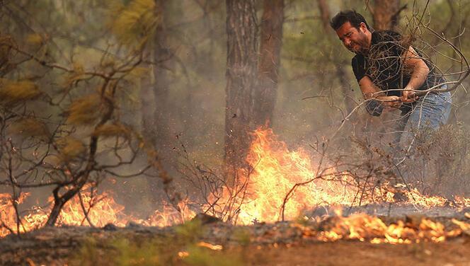 Gurbetçiler, Manavgat'ta evleri yananların yardımına koştu