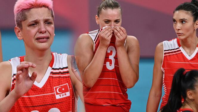 Son Dakika: Filenin Sultanları inanamadı, gözyaşları sel oldu! Türkiye - Güney Kore maçının son puanının ardından...