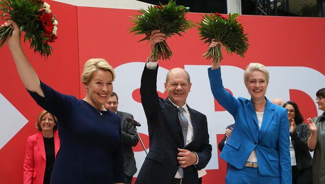 SPD, Berlin ve Mecklenburg-Vorpommern'da da kazandı