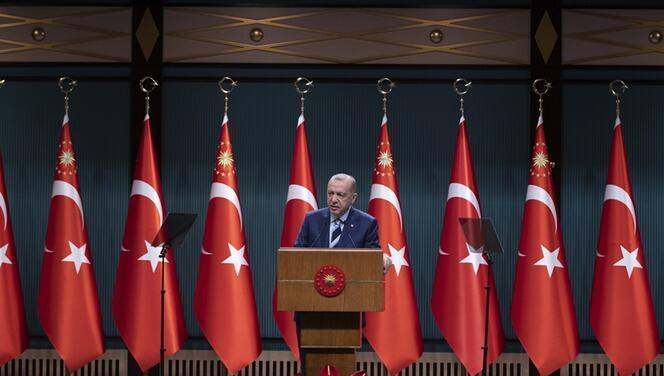 Okullar kapanacak mı? Cumhurbaşkanı Erdoğan okullarda yüz yüze eğitim hakkında açıklama yaptı