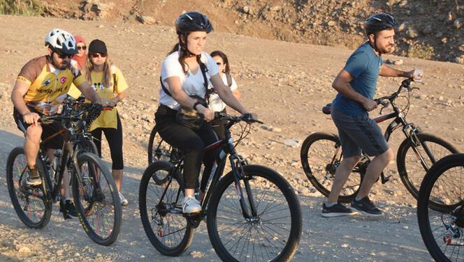 Öğretmenler Cudi Dağı'nda pedal çevirdi