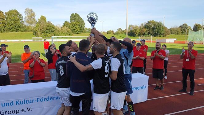 Şampiyon, FC Medienbefüllung