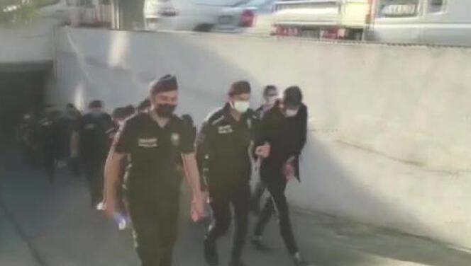 Kendilerini polis olarak tanıtıyorlardı! 4 şüpheli yakalandı