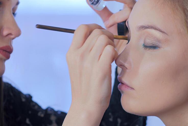 Göz şekline uygun makyaj nasıl yapılır? İşte önemli püf noktaları...
