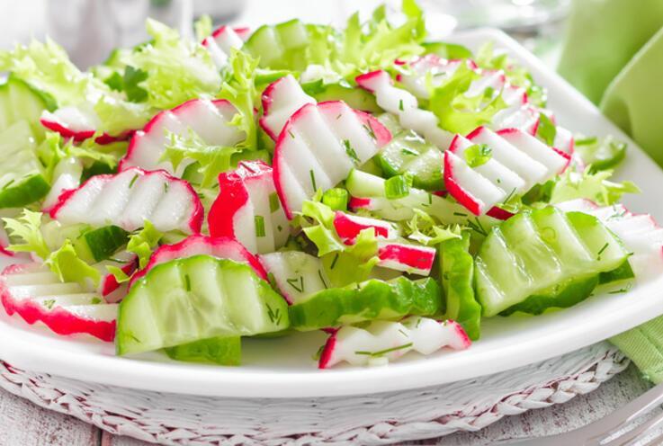 Bu Malzemelere Dikkat! Salatalara Asla Koymayın