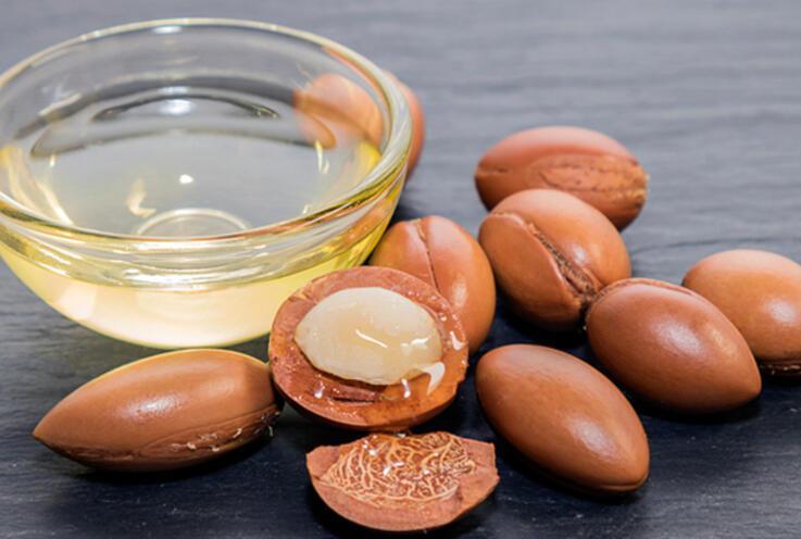 Argan Yağı Nedir, Nasıl Kullanılır? Argan Yağının Saça ve Cilde Faydaları