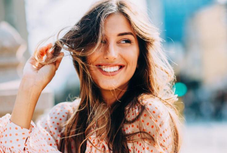 Yaz Mevsiminde Saç Bakımı Nasıl Olmalı? Yazın Saç ve Saç Rengini Korumanın Yolları