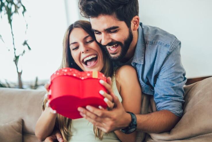 Partnerinizin Aşk Dilini Nasıl Anlayabilirsiniz? İşte, Aşkın 5 Dili