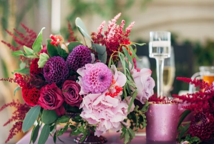 Düğün Organizasyonlarında Kullanılan En Moda 5 Renk