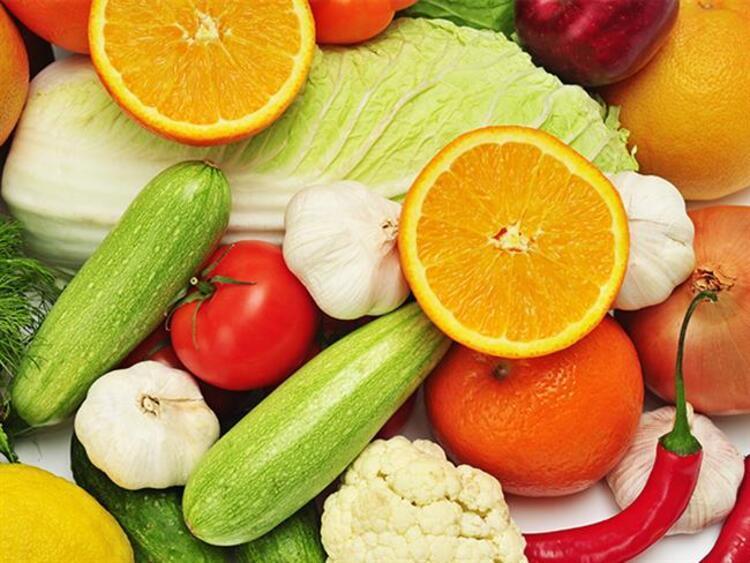 Sebzelerin gücü adına İnsan DNA'sını doğrudan etkileyen ve olumlu yönde geliştiren sebzeler olduğunu söyleyen Diyetisyen Emre Uzun, hayat kurtaran bu 7 sebzeyi beslenmenize kattığınızda hayat sürenizin de uzayacağını belirtiyor.İŞTE DNAYI ETKİLEYİP SAĞLIK VEREN 7 SEBZE...