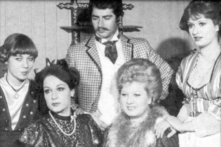 Aşk-ı Memnu (1974) Puanı: 21