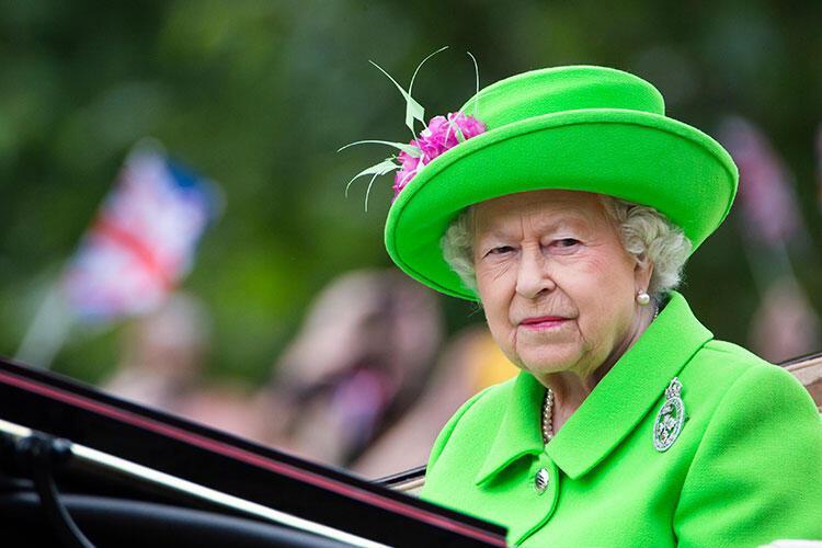 Kraliçe sarımsak yemezdi