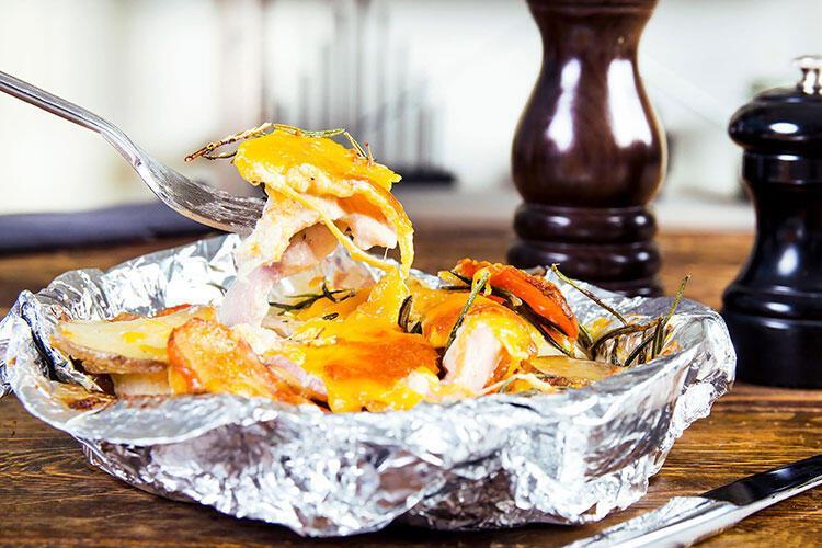 Buharda pişmiş sebzeli tavuk tarifi