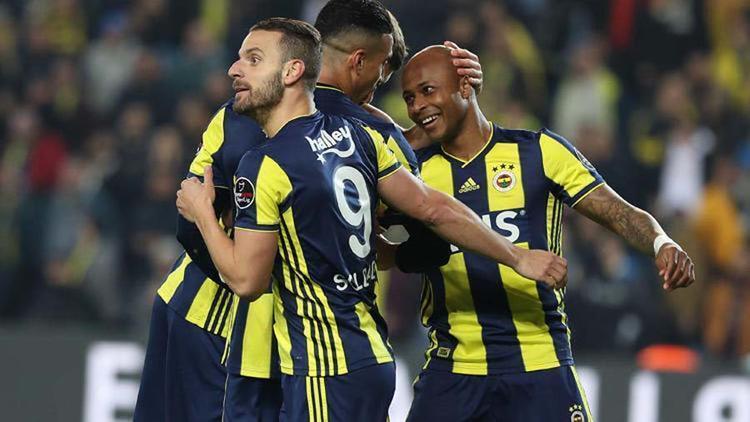 9 - Fenerbahçe - 44 puan / -3 averaj