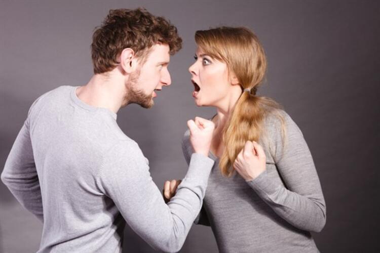 6. Küfür etmek ve kaba konuşmak