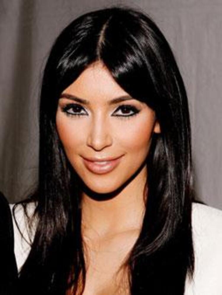 Kleopatra stili eyeliner