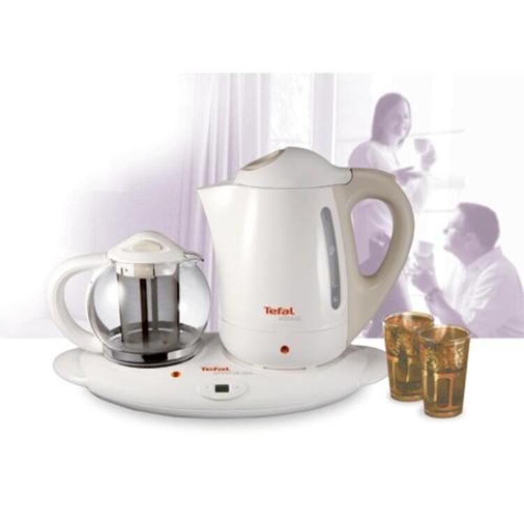 Keyifli sohbetlerinizi çay eşliğinde yapmanız için...TEFAL  (187 TL)
