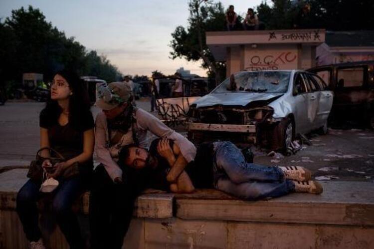 Time Dergisi, Gezi Parkı eylemleri sırasında yaşananları bakın nasıl fotoğrafladı... İşte Time Dergisinin objektifinden kareler...Mahmure.com Editörü: Duygu ÇELİKKOL