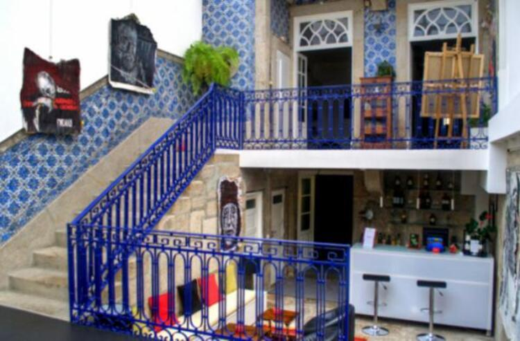 Porto Gallery Hostel.