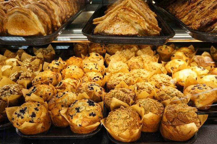 41- Özel günler haricinde de pasta, börek, hamur işleri ve özel yemekler hazırlamakDiyete başlamak için gelmeyen yarınları beklemeyin