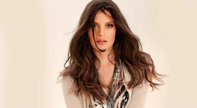 Biten ilişkisinin ardından Tarkanın İsrailli güzel manken Liraz Dror ile yakınlaştığı dedikoduları yayıldı.