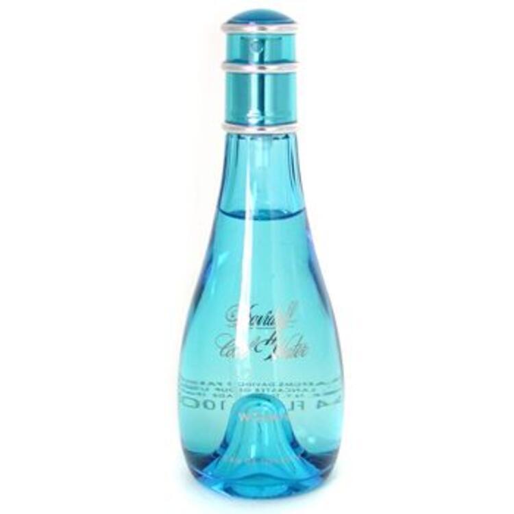 Davidoof Cool WaterAğaçsı, meyveli...Kadınsı bağımsız kendine güvenli, dinamik şehvet dolu taze bir kadın kokusudur.Fiyatı